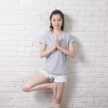 0918-pic_3_Asian-Model
