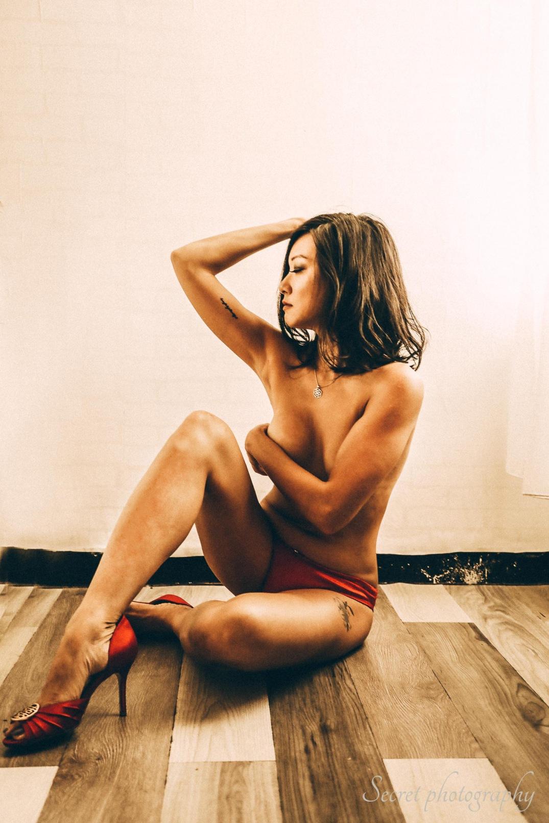 nude_photo_makeup_hairstyling_paulstylist_studio_shooting_photography_Liye-25